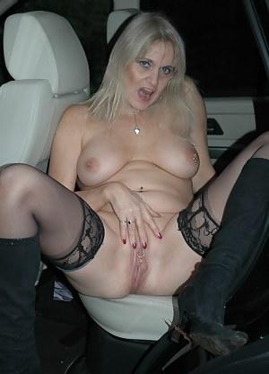 Naked Moms Car Porn Pictures