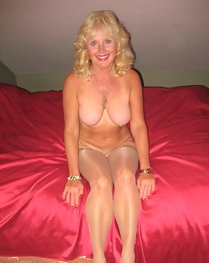 Naked Mom Girlfriend Porn Pictures