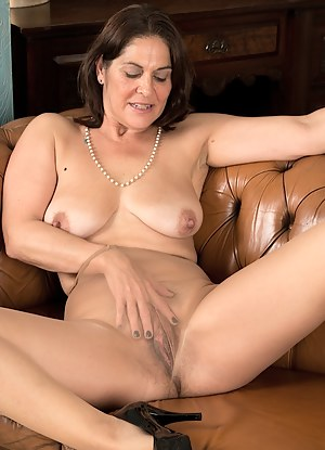 Naked Pantyhose Moms Porn Pictures