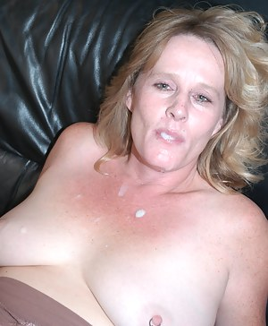 Naked Cum in Moms Mouth Porn Pictures