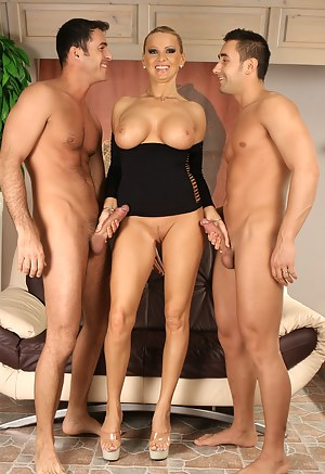 Sexy curvy anal mother from spain - 3 part 1