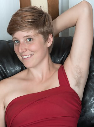 Naked Short Hair Moms Porn Pictures
