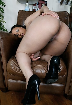 Naked Black Moms Big Ass Porn Pictures