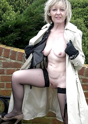 Naked Granny Porn Pictures