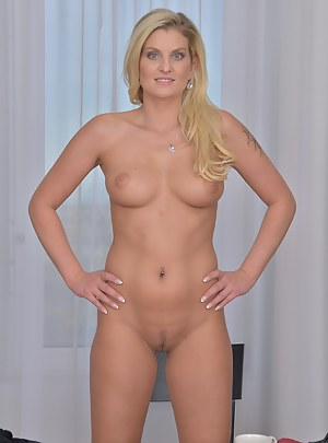 Naked Perfect Body Moms Porn Pictures