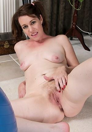 Naked Moms Pigtails Porn Pictures