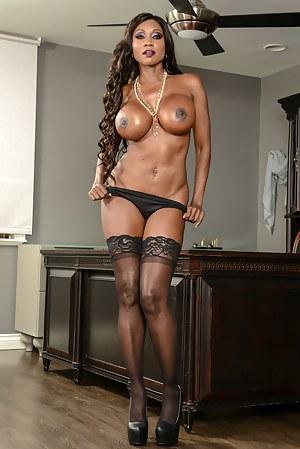 Naked Black Moms Big Tits Porn Pictures