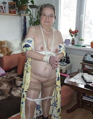 Naked Moms Bondage Porn Pictures