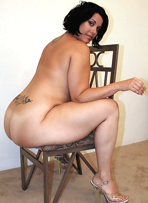 Naked Chubby Moms Porn Pictures