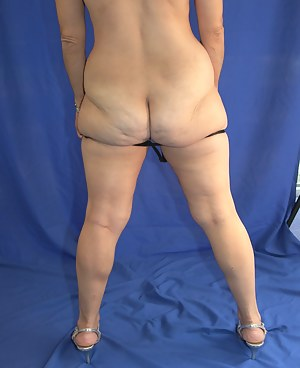 Naked Fat Ass Moms Porn Pictures