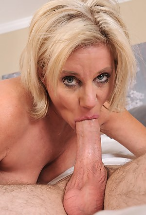 Naked Moms Blowjob Porn Pictures