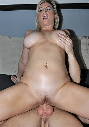Naked Dick in Moms Pussy Porn Pictures