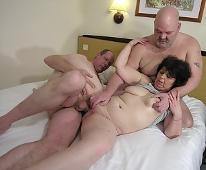 Naked Moms Threesome Porn Pictures
