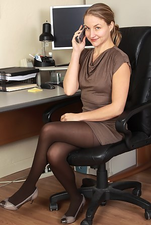 Naked Moms Boss Porn Pictures