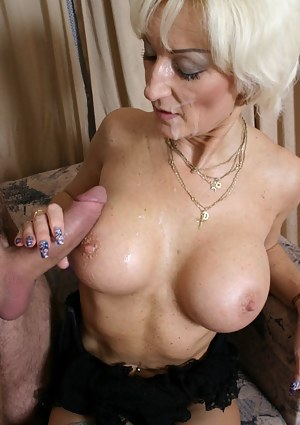 Naked Moms Handjob Porn Pictures