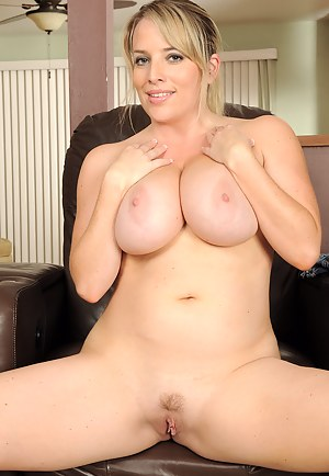 Naked Fat Moms Porn Pictures