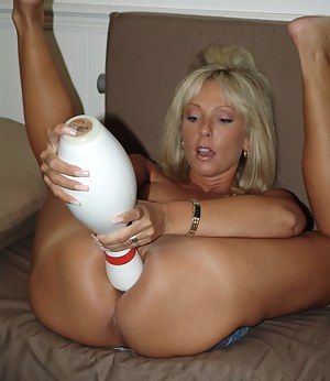 Naked Moms Extreme Porn Pictures