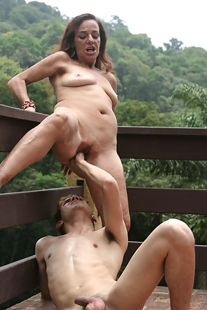 Naked Moms Painful Porn Pictures