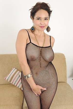 Naked Moms Fishnet Porn Pictures