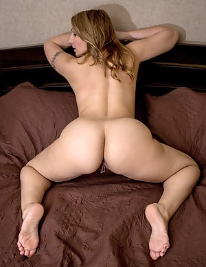 Naked Moms Ass Porn Pictures